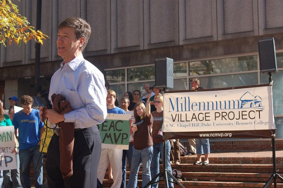 Jeffrey Sachs speaks at anti-poverty rally at UNC Chapel Hill. Photo Credit: Kevin Tsui